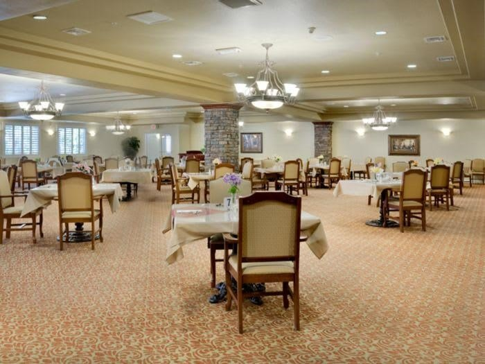 Nutritious and delicious meals in our dining hall at Pacifica Senior Living San Martin in Las Vegas, NV