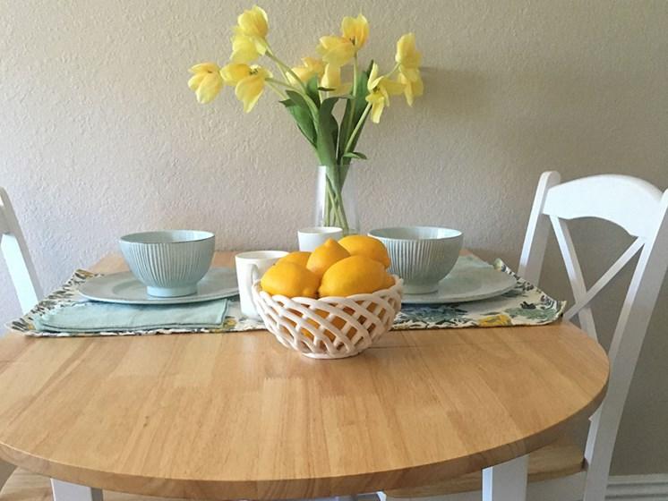 Personal Dining at Alta Vista Senior Living, Vista, CA, 92083, Pacifica Senior Living