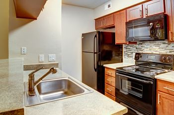 1802 Wimbledon Oaks Lane 1-2 Beds Apartment for Rent Photo Gallery 1