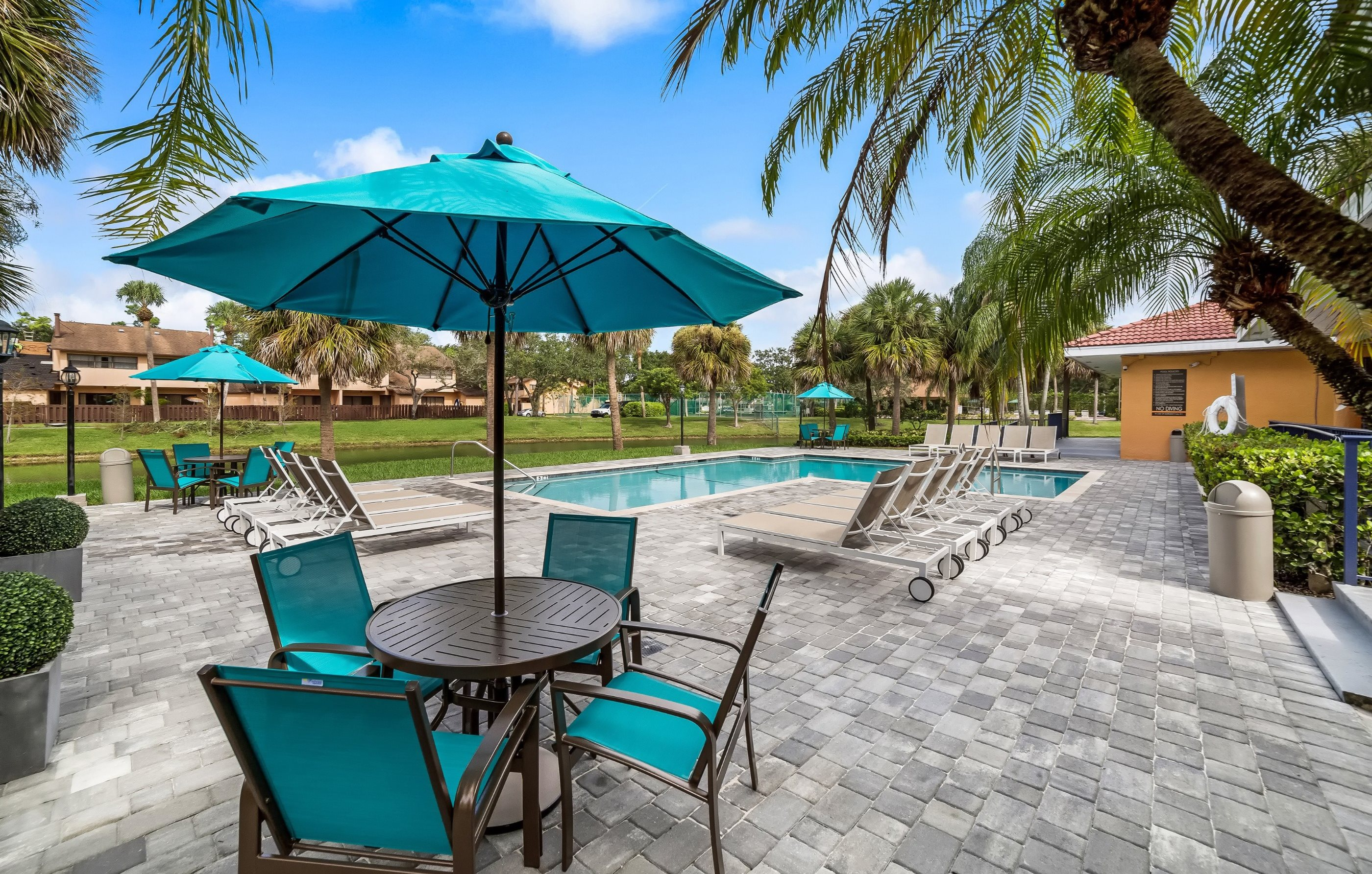 Midora at Woodmont | Apartments in Tamarac, FL