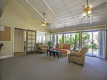 431 Spring Villas Dr 1-2 Beds Apartment for Rent Photo Gallery 1