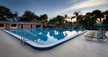 2262 Crippen Ct 1-3 Beds Apartment for Rent Photo Gallery 1
