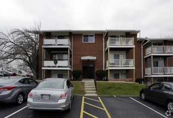 1221 Scotts Manor Ct 1-2 Beds Apartment for Rent Photo Gallery 1