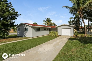 6255 SW 59th Ave 3 Beds House for Rent Photo Gallery 1