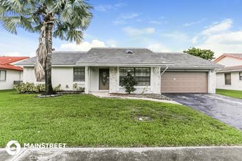 7911 NW 20th St 4 Beds House for Rent Photo Gallery 1
