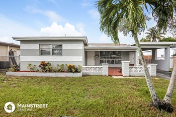 7912 Miramar Pkwy 3 Beds House for Rent Photo Gallery 1