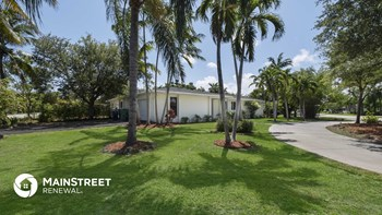 7900 SW 108th St 4 Beds House for Rent Photo Gallery 1