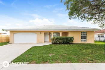 1541 NW 9Th St 4 Beds House for Rent Photo Gallery 1