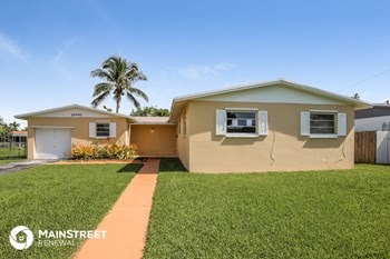 10441 SW 163Rd St 3 Beds House for Rent Photo Gallery 1