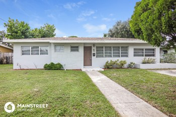 19110 N Miami Ave 4 Beds House for Rent Photo Gallery 1