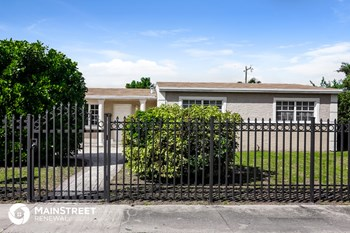 781 NW 183Rd Dr 3 Beds House for Rent Photo Gallery 1