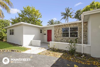 1120 NW 56th Ave 3 Beds House for Rent Photo Gallery 1