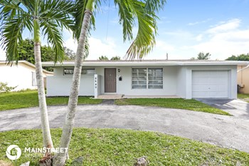 8640 NW 25Th St 3 Beds House for Rent Photo Gallery 1