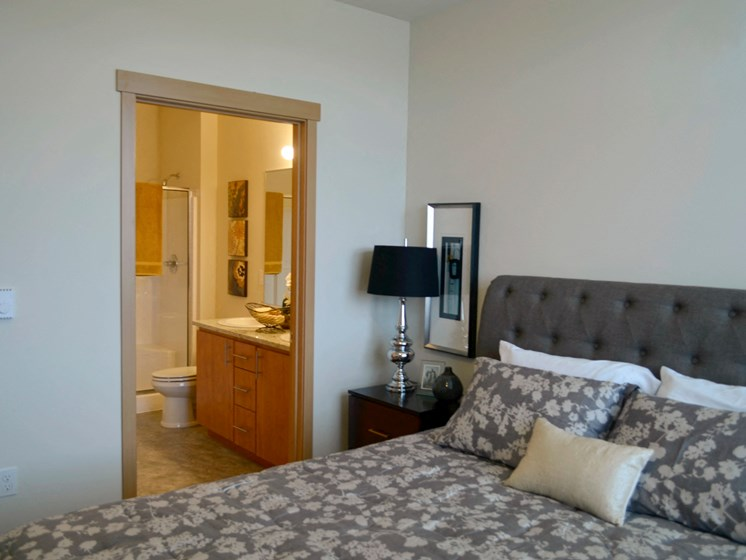 Spacious Bedrooms With En Suite Bathrooms at Clearview 100, University Place, 98466