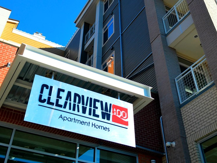 Property Signage at Clearview 100, Washington