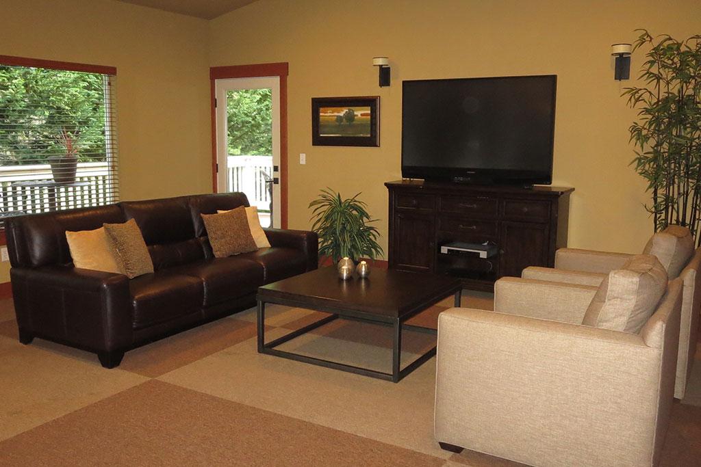 Gorgeous Living Room at Yauger Park Villas, Washington