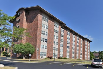 9239 North 75Th Street 1-4 Beds Apartment for Rent Photo Gallery 1