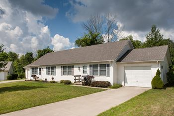 382 Woodridge Dr. 2-3 Beds Apartment for Rent Photo Gallery 1
