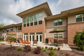25595 Country Club Blvd 1-2 Beds Apartment for Rent Photo Gallery 1