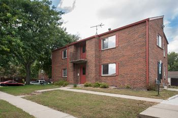 207 E. Henry Street 1-2 Beds Apartment for Rent Photo Gallery 1