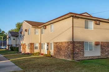 111 Village South Dr 1-3 Beds Apartment for Rent Photo Gallery 1