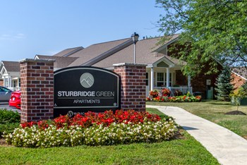 3750 Sturbridge Ct 1 Bed Apartment for Rent Photo Gallery 1