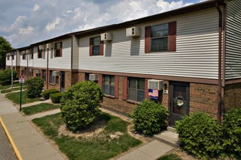220 Columbia Ct 1-4 Beds Apartment for Rent Photo Gallery 1