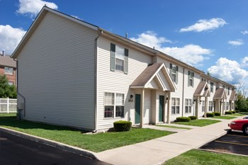 450 Sterling Hill Drive 3 Beds Apartment for Rent Photo Gallery 1