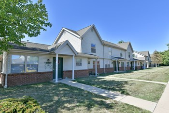 1800 Smith St 2-3 Beds Apartment for Rent Photo Gallery 1