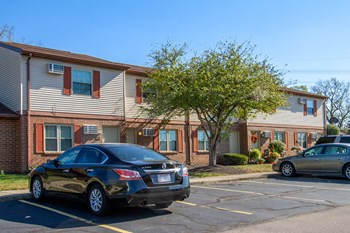 1019 Orchard Hill Drive 2-4 Beds Apartment for Rent Photo Gallery 1
