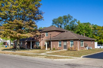1941 Oakdale Avenue 2-3 Beds Apartment for Rent Photo Gallery 1