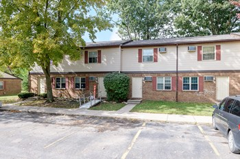 719 Mosgrove Street #39 3 Beds Apartment for Rent Photo Gallery 1