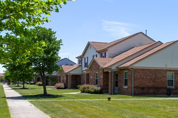 1400 Brooks Ave 3-4 Beds Apartment for Rent Photo Gallery 1