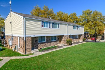 2775 Brentnell Ave 2-3 Beds Apartment for Rent Photo Gallery 1