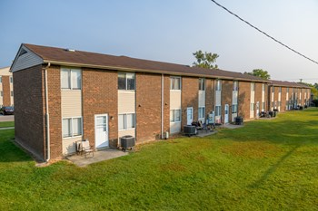 505 Cresent Dr Building 7 1-4 Beds Apartment for Rent Photo Gallery 1