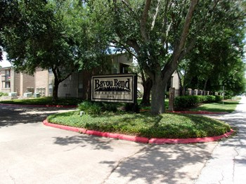 2901 Airport Ave 1-2 Beds Apartment for Rent Photo Gallery 1