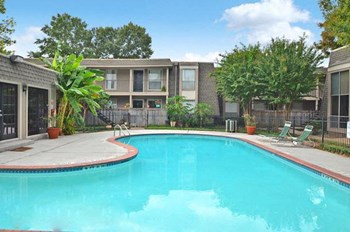 2300 Wilcrest 1-2 Beds Apartment for Rent Photo Gallery 1