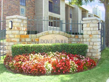 1400 N. Park Blvd. 2 Beds Apartment for Rent Photo Gallery 1