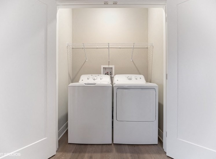 Full-size In-home Washer and Dryer in Each Apartment at the Monarch Luxury Apartments in Des Plaines