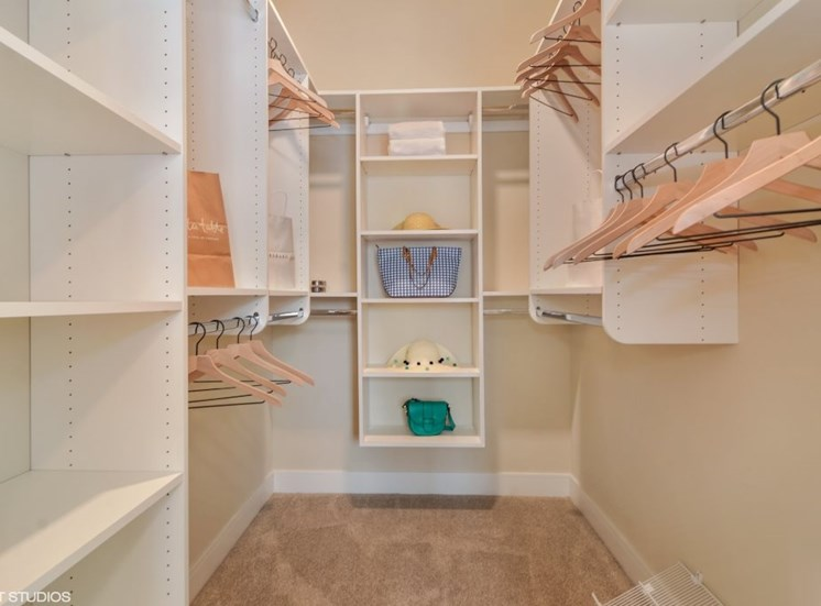 Custom Walk in Closets at the Monarch Luxury Apartments in Des Plaines