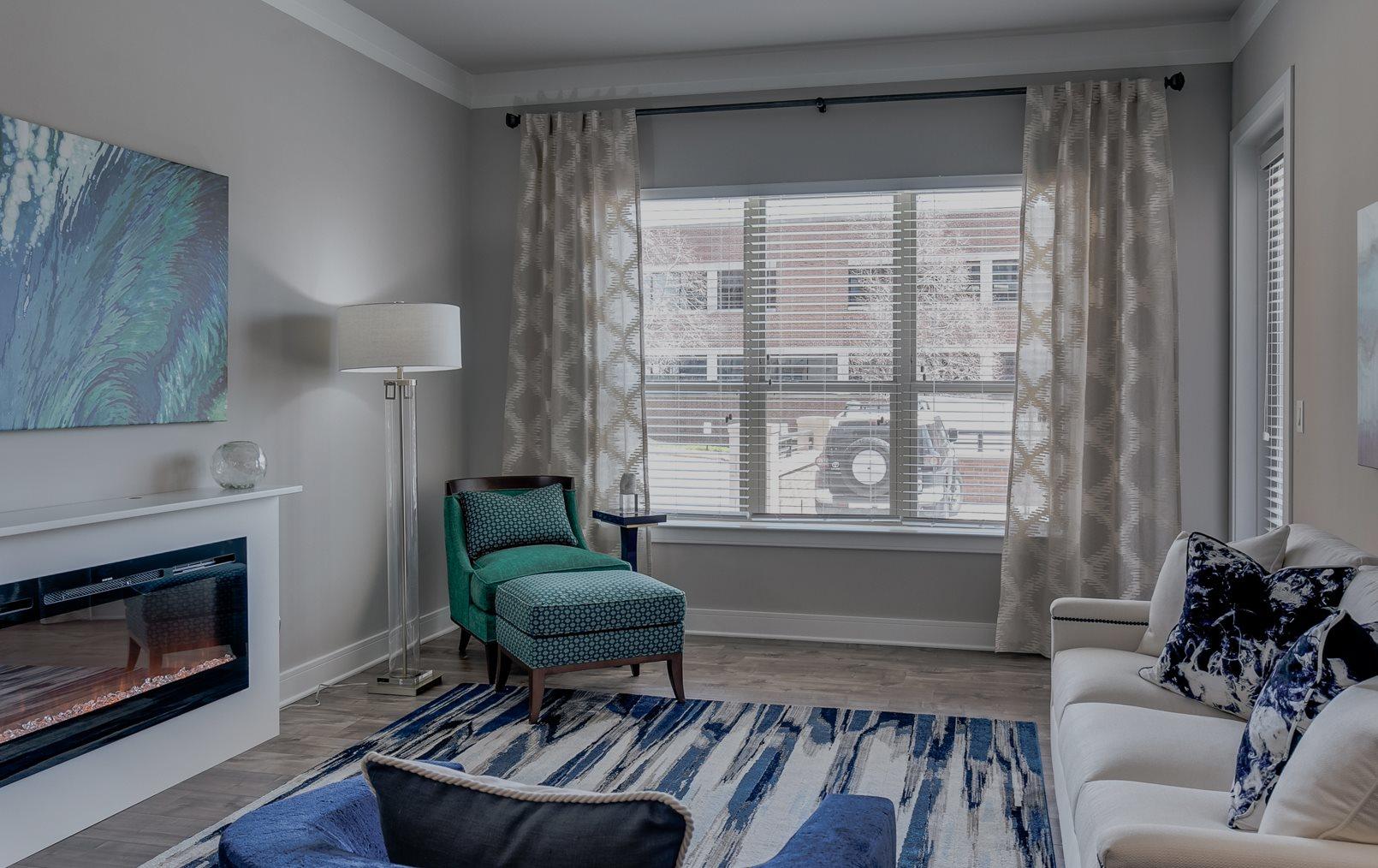 The Monarch Upscale Apartment Homes in Des Plaines, IL