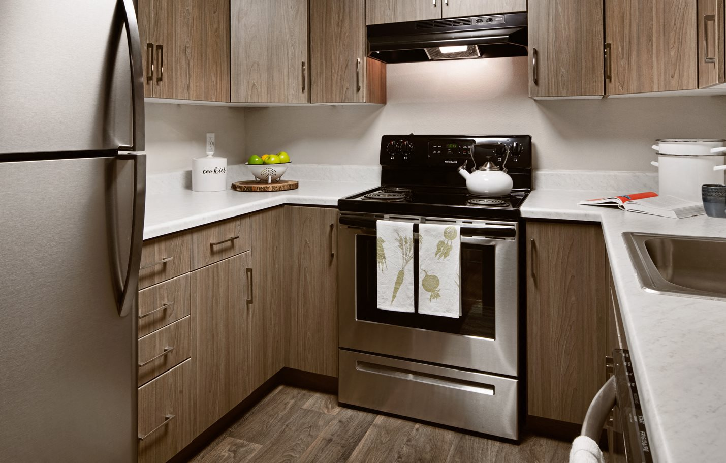 Clover Creek Apartments Kitchen Appliances and Cabinets