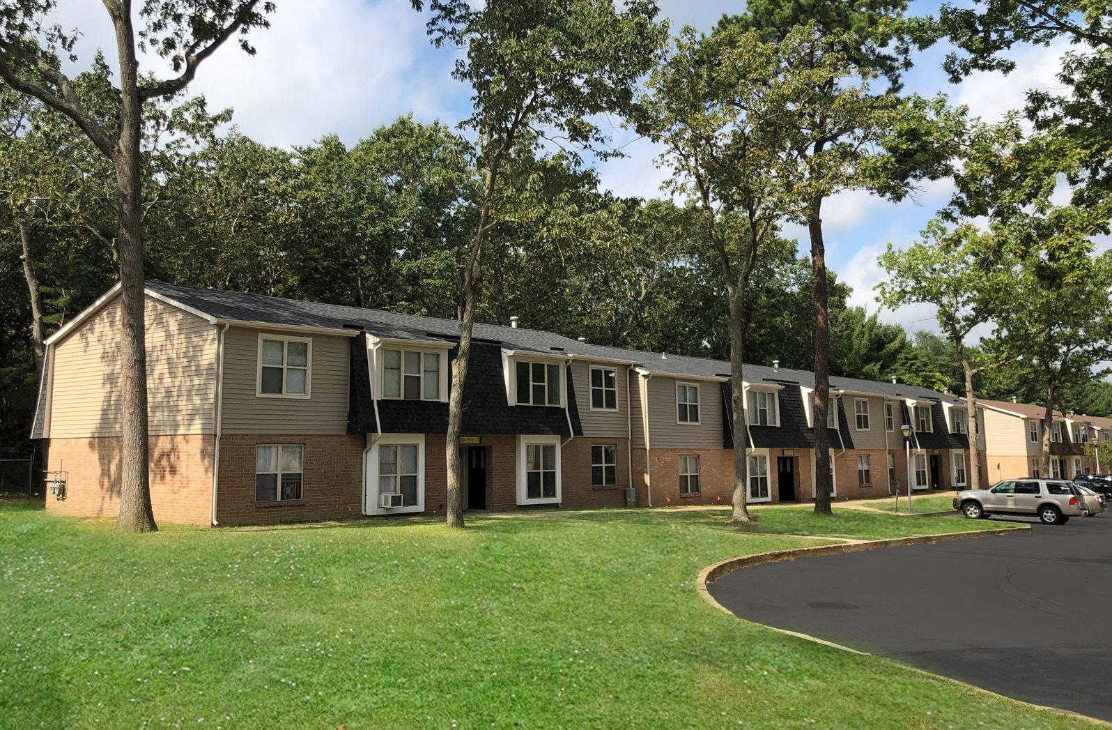 chalet gardens apartments