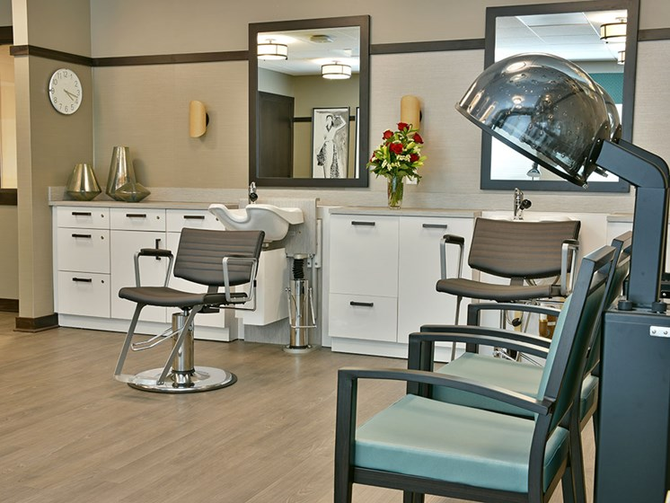 Barber/Beauty Shop at Rose Senior Living – Carmel, Carmel