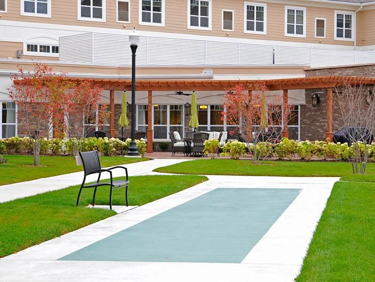 Outdoor Green Space at Rose Senior Living – Clinton Township, Clinton Township, MI