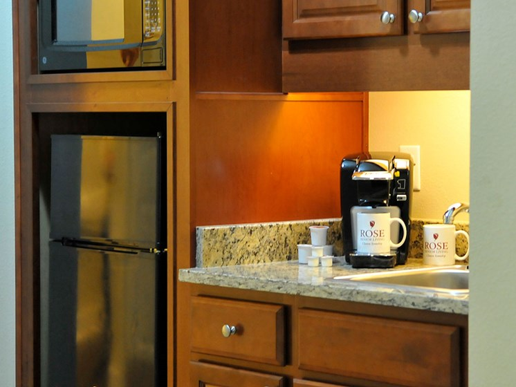 Guest Suite Kitchenette at Rose Senior Living – Clinton Township, Clinton Township