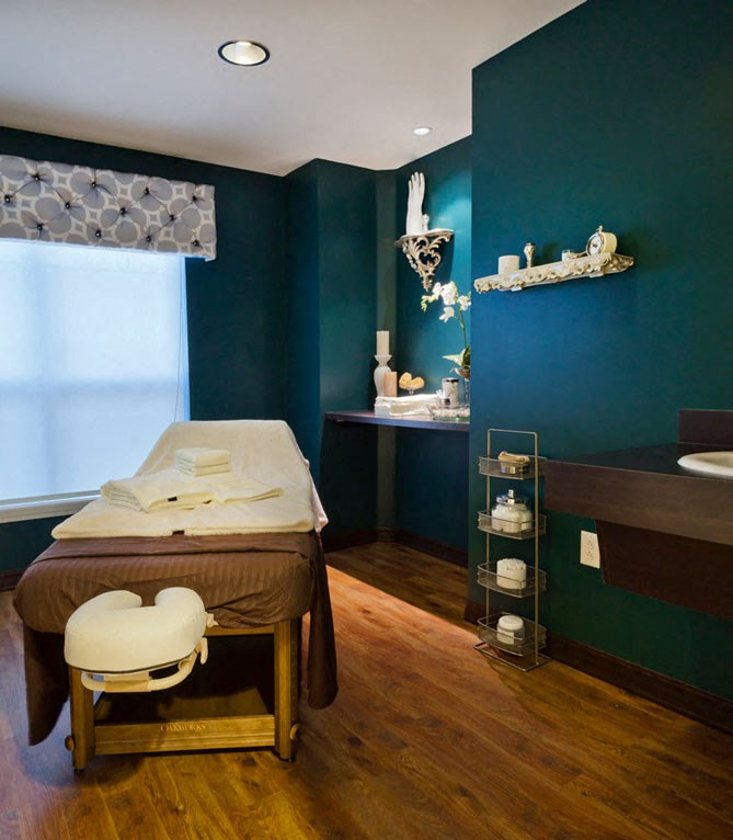 Massage Room at Heritage at Irene Woods, Memphis, 38125