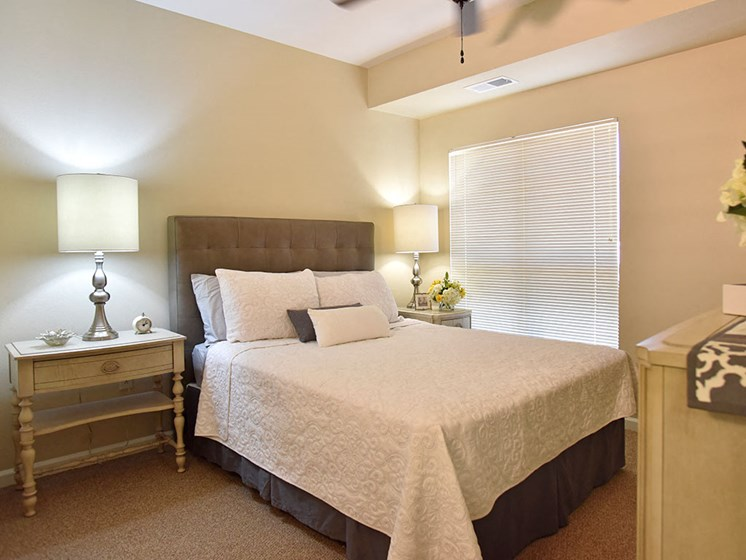 Spacious Bedroom in Assisted Living at Heritage at Irene Woods, Memphis, TN, 38125