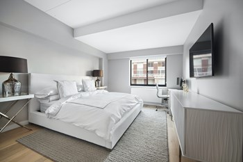 200 East 87Th St. 2 Beds Apartment for Rent Photo Gallery 1