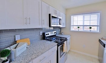 2722 Arlington Drive 3 Beds Apartment for Rent Photo Gallery 1